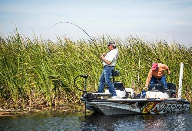 Boat rentals south florida lake okeechobee florida for Lake okeechobee fish camps